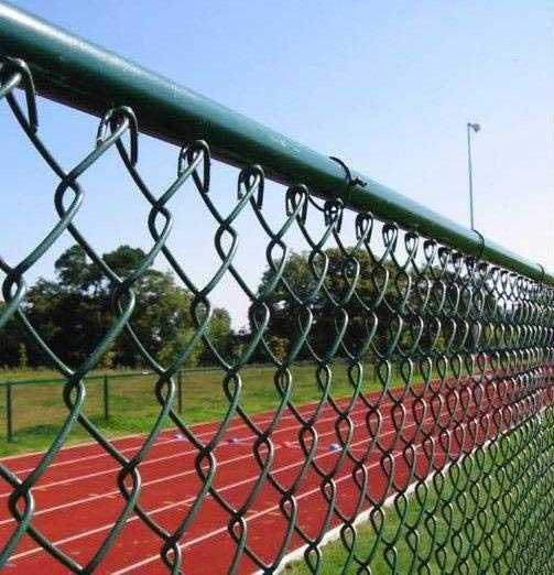 深圳球场围网的优点