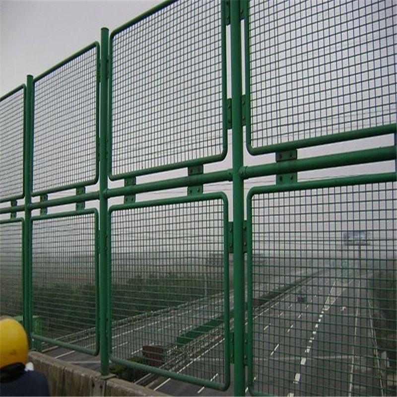 高速护栏网如何提高使用寿命?