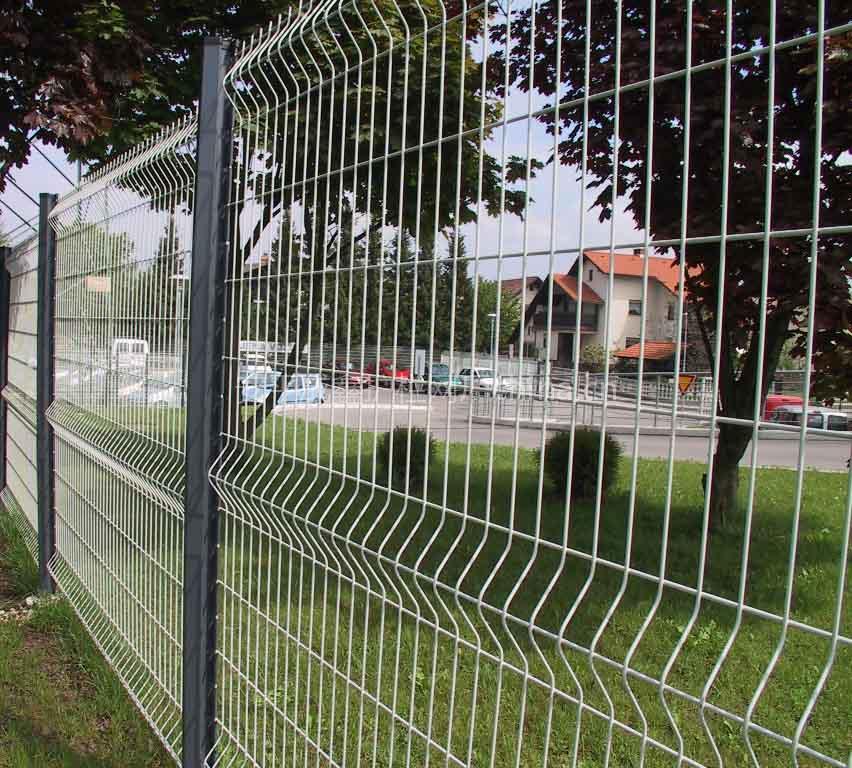 护栏网安装注意事项