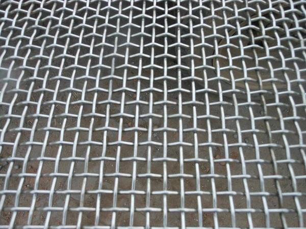 不锈钢网拥有什么样的特殊性能?