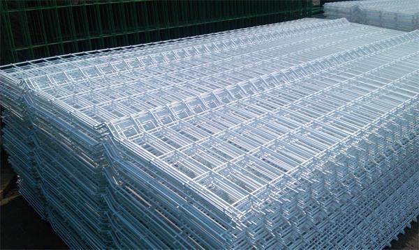 铁丝网厂家对铁丝网围栏价格的解析