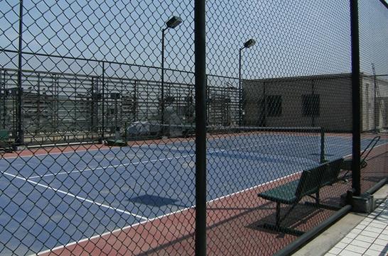 体育场围网厂家介绍体育场围网是如何组合的